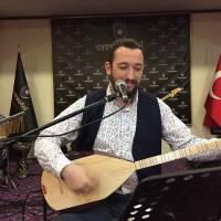 Türk Halk Müziği sanatçısı Kenan Serhat İnce