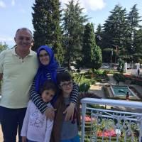 Dr. Oktay Taşolar ve Ailesi, Trabzon'daki Atatürk Köşkünde