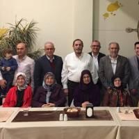 Güneş Okulları İlkokul Başkanı seçilen Mehmet Yusuf Taşolar'ın Başkanlık kutlama yemeğine katılanlar