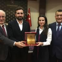 Ali Kahraman, Dr. Fatih Mutlu, Banu Çevikel, Hasan Uzunhasanoğlu – Plaket takdimi